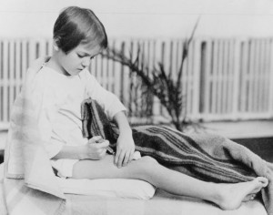 Young girl injecting herself with insulin.  Courtesy of the book's authors website: www.breakthroughthebook.com